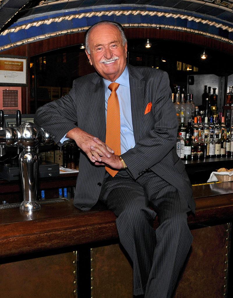 Wolfgang Zwiener Bar