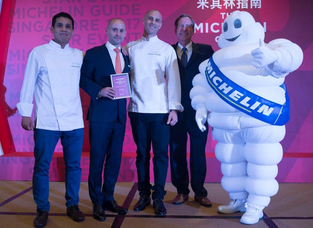 Joel Robuchon Restaurant maintains its stars this year