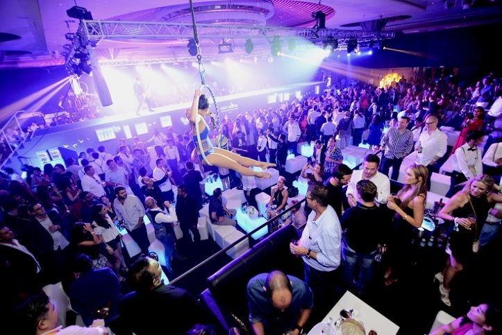 1THE PODIUM LOUNGE SINGAPORE 2017 VENUE - THE GRAND BALLROOM OF THE RITZ-CARLTON, MILLENIA