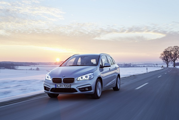 P90208109_highRes_bmw-225xe-01-2016 (1)