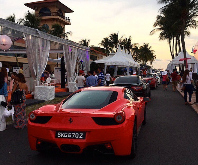 Singapore-RendezVous-Supercars-Display