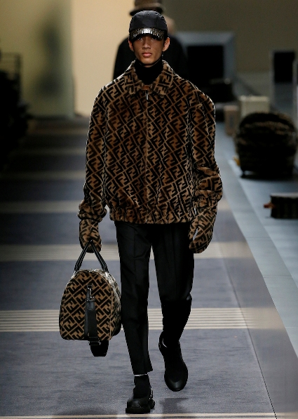 04_FENDI_MEN_FW_18-19