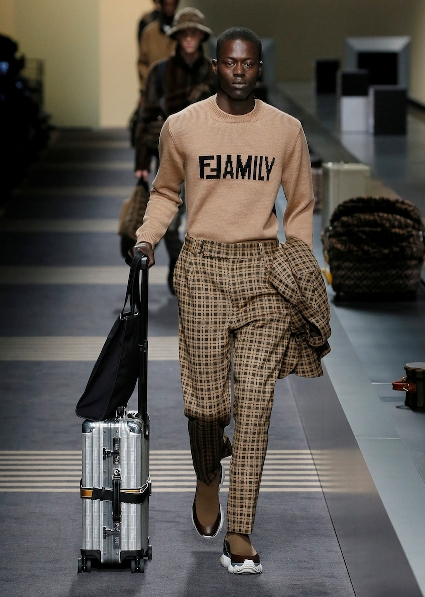 06_FENDI_MEN_FW_18-19