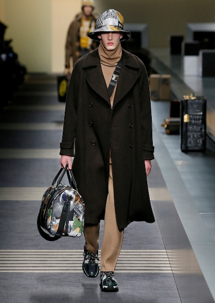 26_FENDI_MEN_FW_18-19