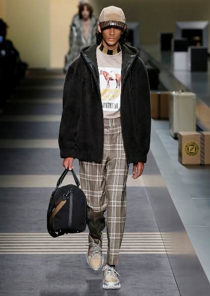 38_FENDI_MEN_FW_18-19