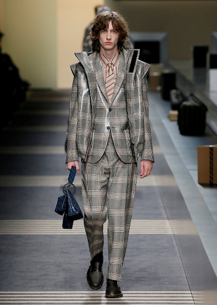 39_FENDI_MEN_FW_18-19