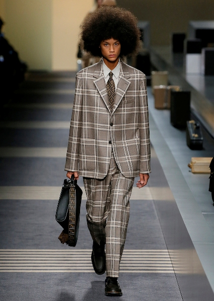 42_FENDI_MEN_FW_18-19