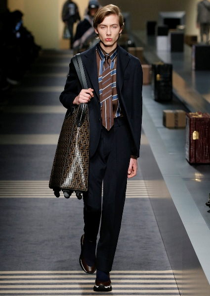 51_FENDI_MEN_FW_18-19