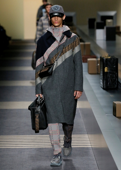 52_FENDI_MEN_FW_18-19