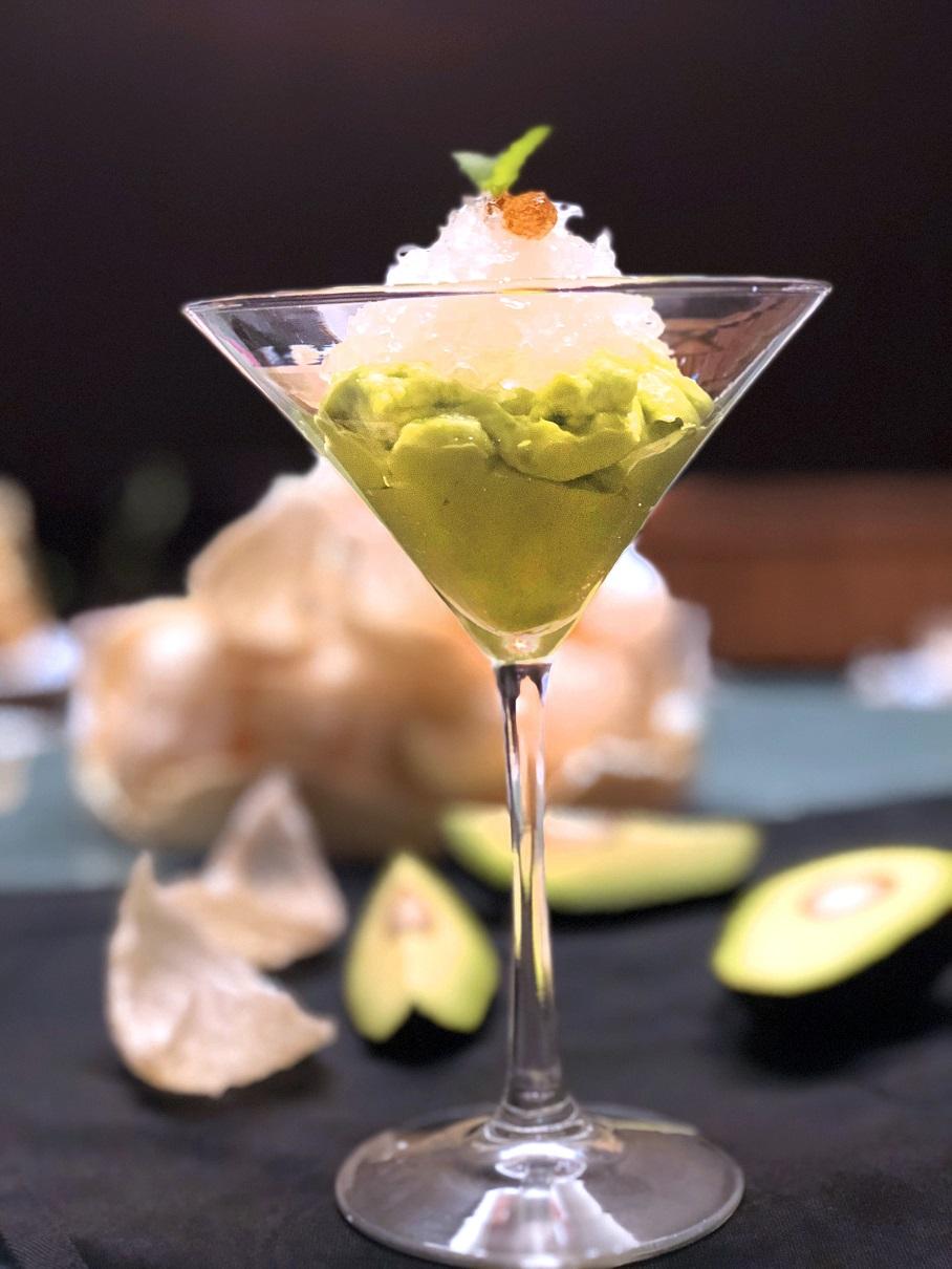 Chilled Bird's Nest with Fresh Avocado & Crystal Sugar