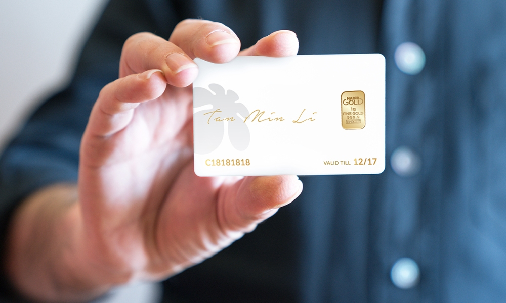 buzz-sign_up_privileges-card