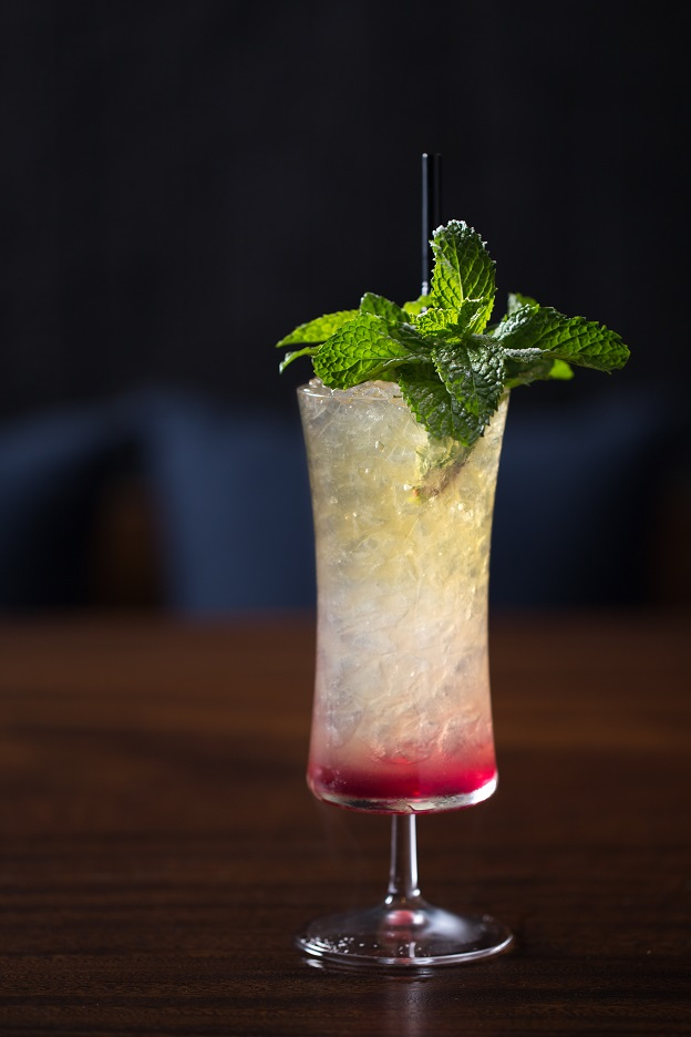 B. Chill cocktails_Tropical Sling