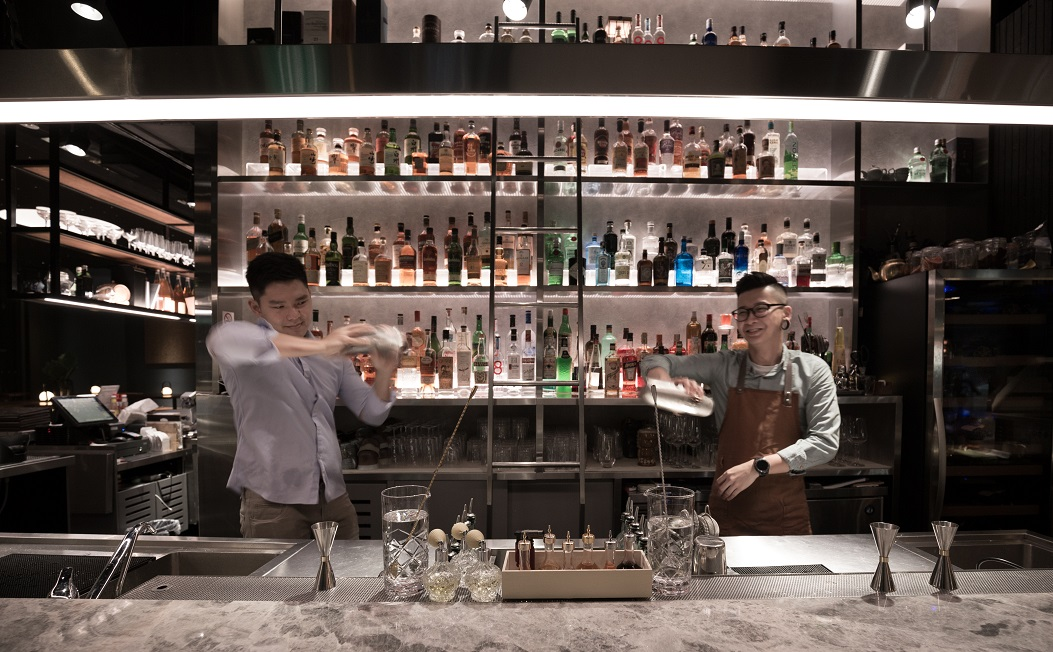 D. Chill bartenders_duo 2