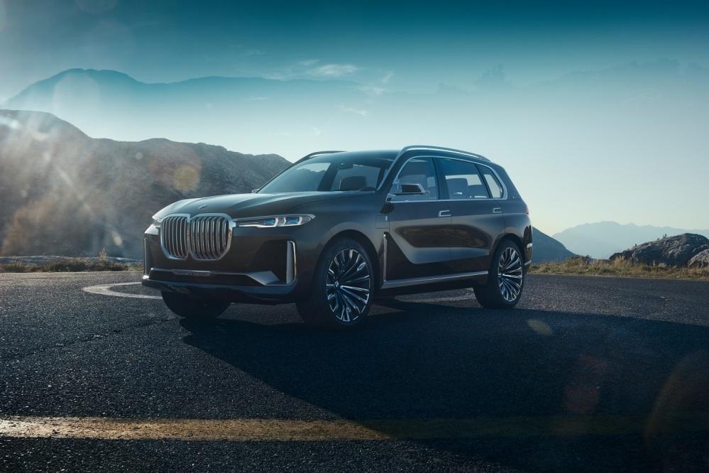 BMW Concept X7 iPerformance A