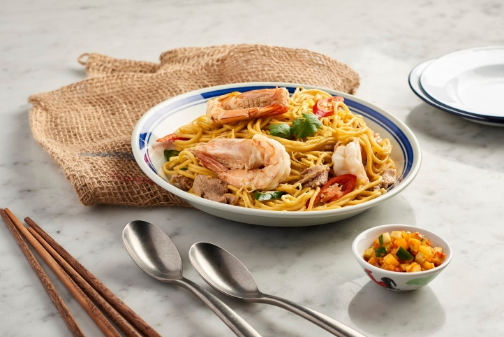 Eurasian_Birthday_Noodles