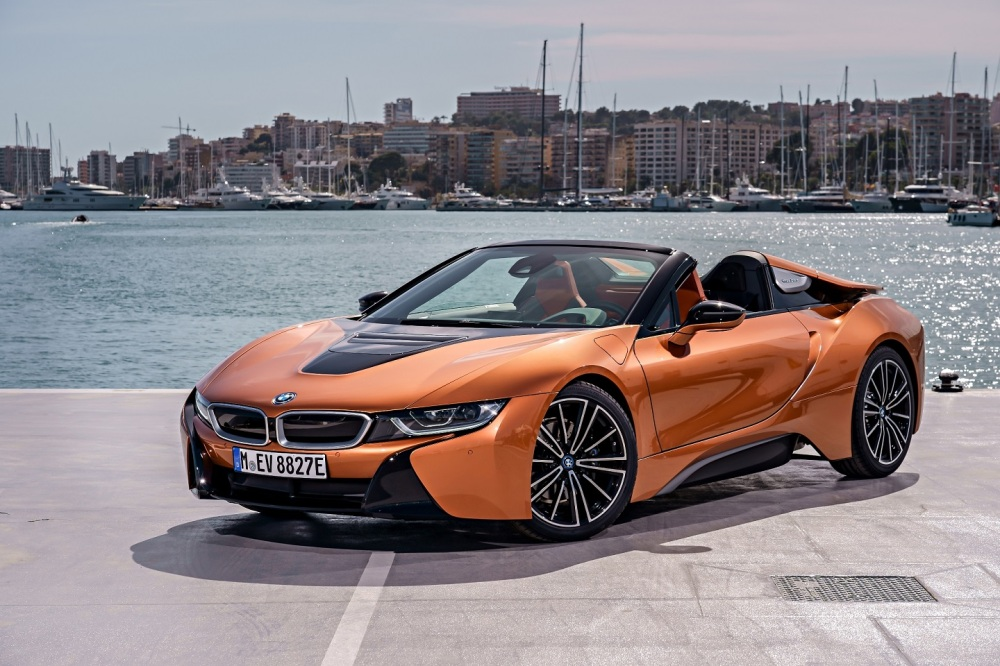 P90301919_highRes_bmw-i8-roadster-04-2
