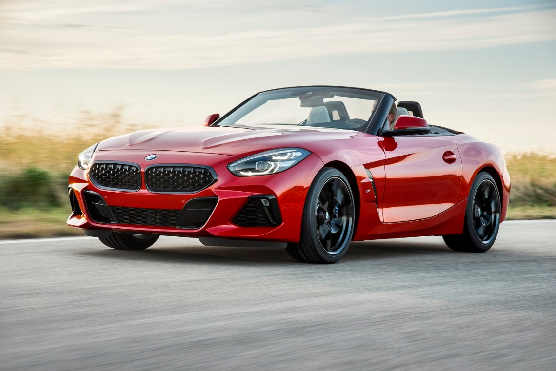 P90317993_highRes_the-new-bmw-z4-roads