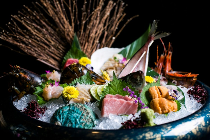 RIZU - Assorted Live Fish _ Sashimi Premium 3