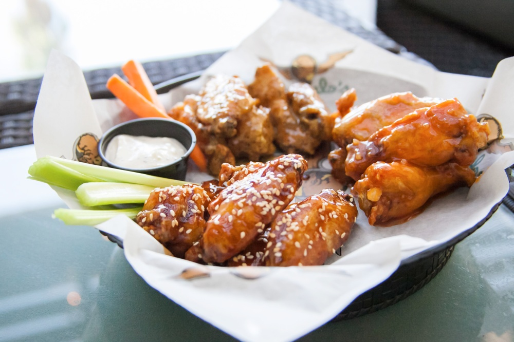 Buffalo's Chicken Bone-In Wings