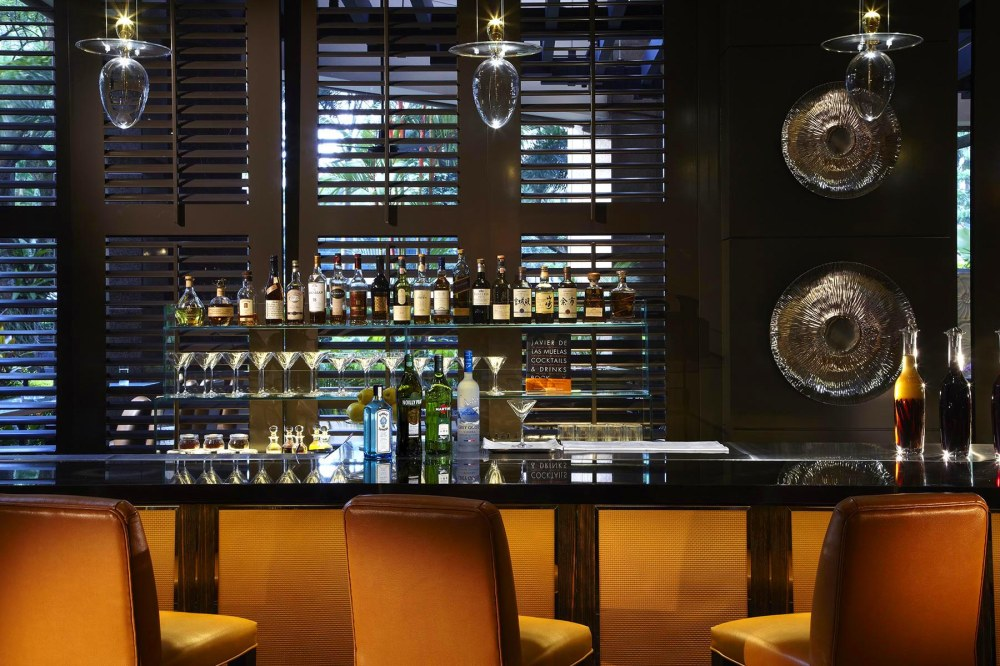 One-Ninety-Bar-by-Javier-de-las-Muelas_Bar-Counter