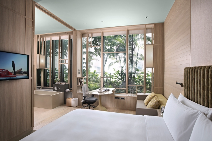 18. PARKROYAL on Pickering Deluxe Room