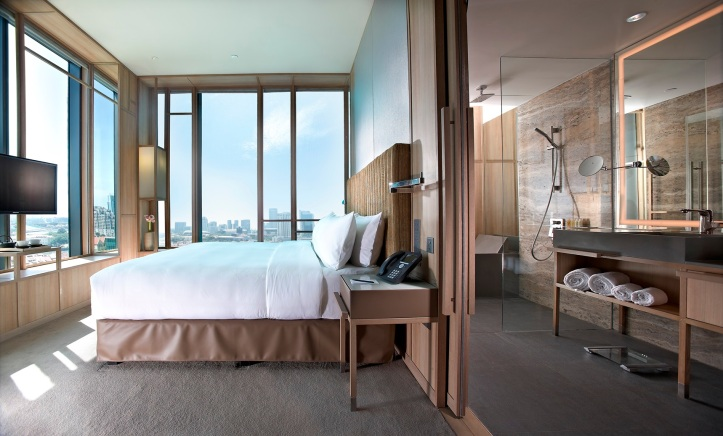 28. PARKROYAL on Pickering Junior Suite