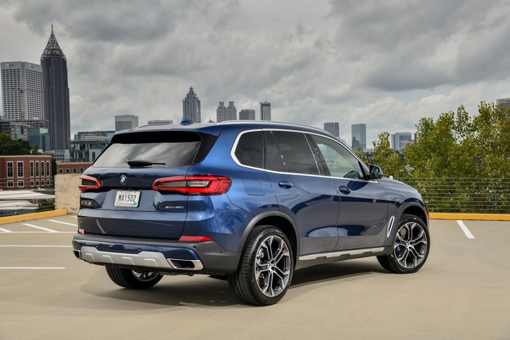 p90325470_highres_the-new-bmw-x5-xdriv