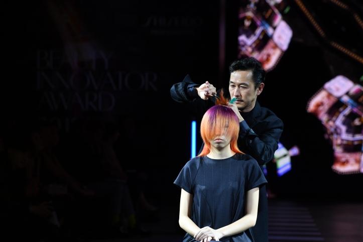 shiseido professional bia 2018-19 - live styling & cutting by toshihide mori (1)
