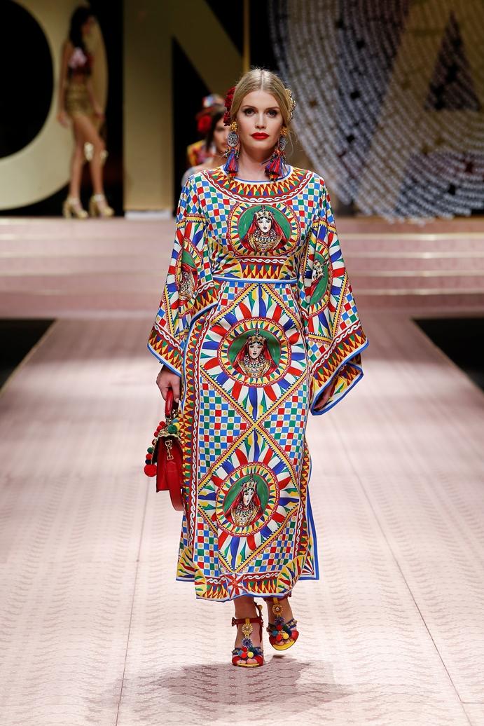 Dolce&Gabbana_Woman's fashion show_SS19 (13)