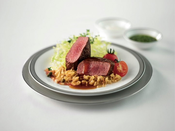 Suites First and Business Class - Seared lamb loin