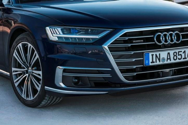 Audi A8 (14)