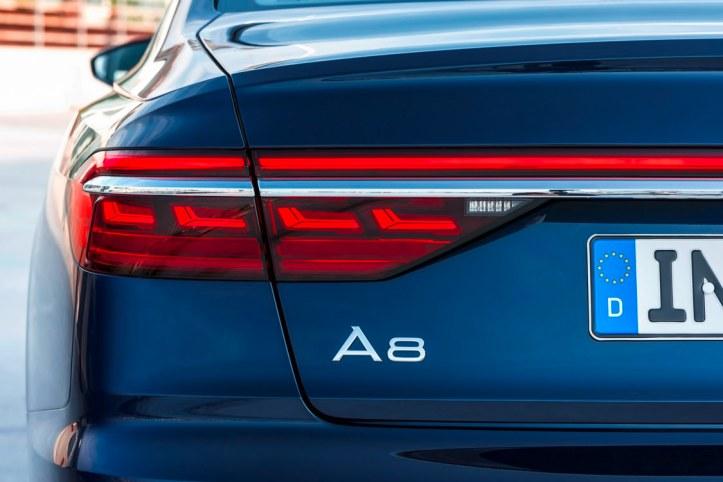 Audi A8 (17)