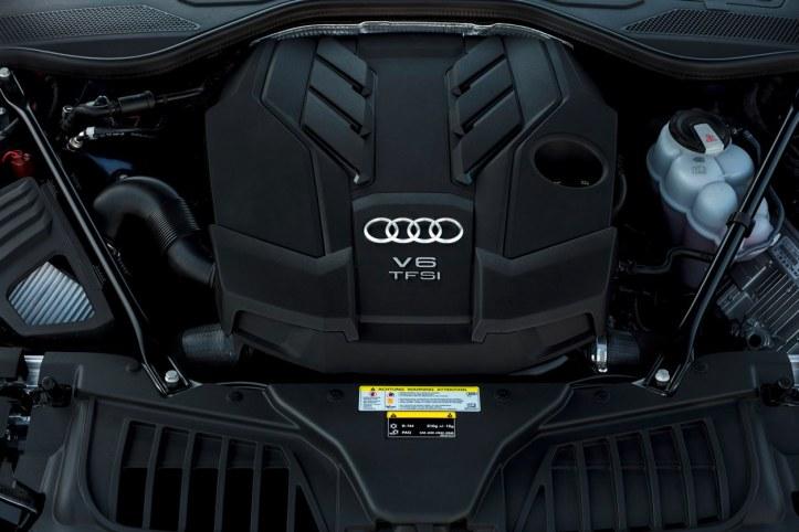 Audi A8 (19)