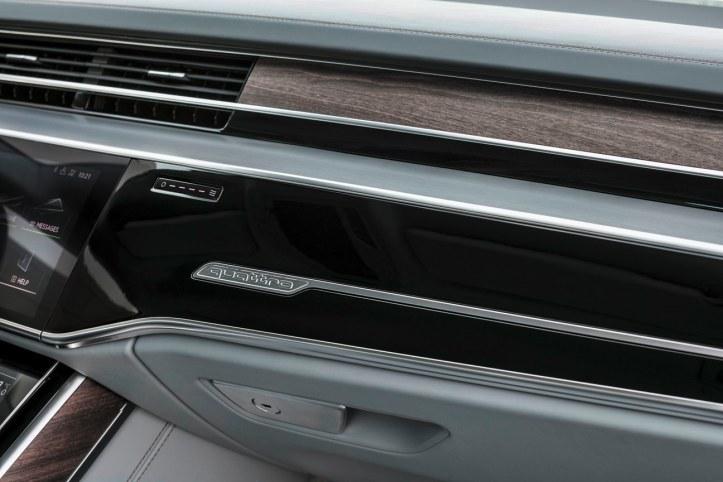 Audi A8 (30)