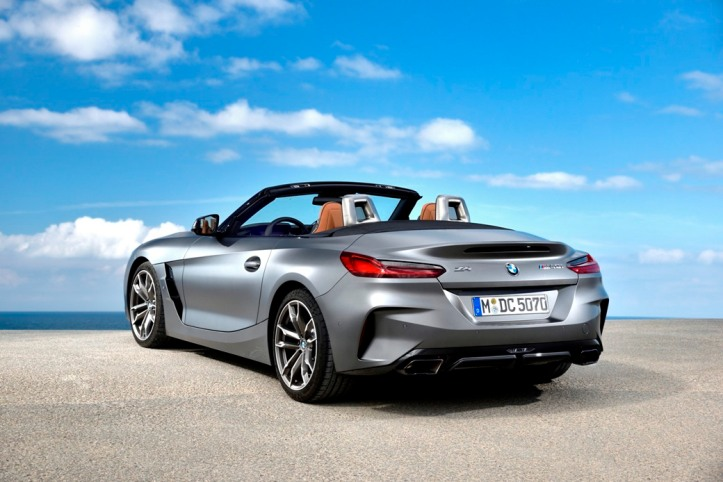P90328372_highRes_the-new-bmw-z4-m40i-