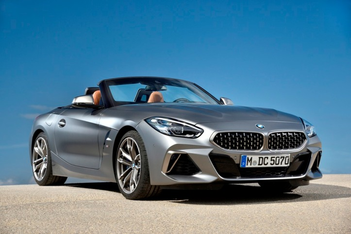 P90328374_highRes_the-new-bmw-z4-m40i- (1)