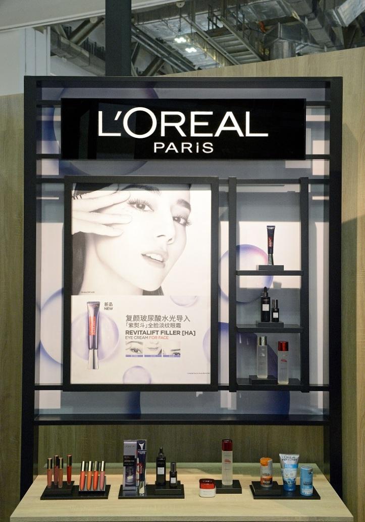 L'Oreal TFWA Booth_Product Panel.JPG