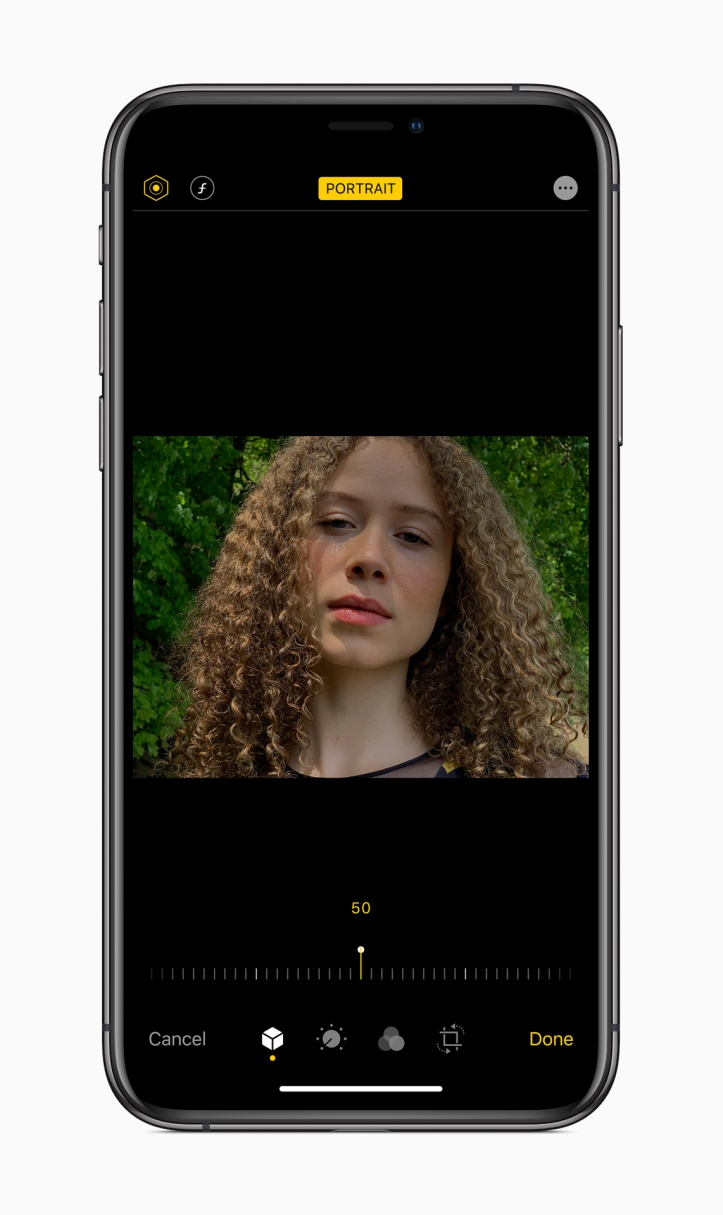 Apple-ios-13-portrait-screen-iphone-xs-06032019.jpg