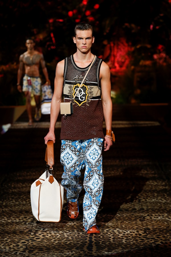 Dolce&Gabbana Men's Fashion Show Spring-Summer 2020 (105)