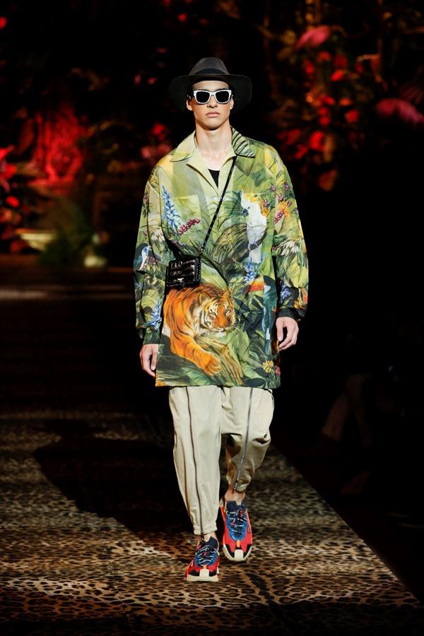 Dolce&Gabbana Men's Fashion Show Spring-Summer 2020 (20)
