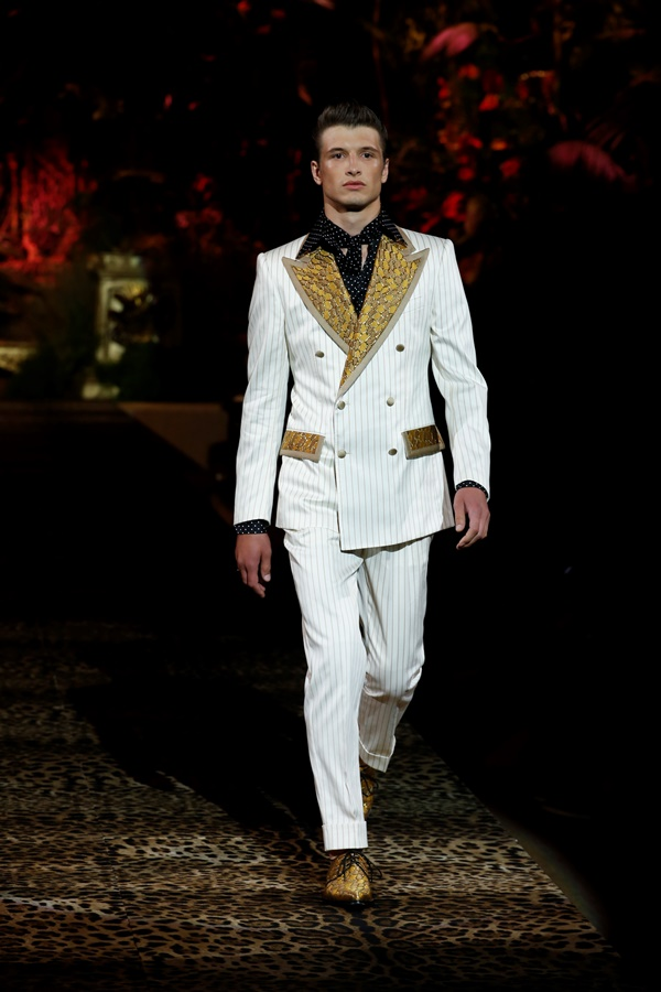Dolce&Gabbana Men's Fashion Show Spring-Summer 2020 (38)