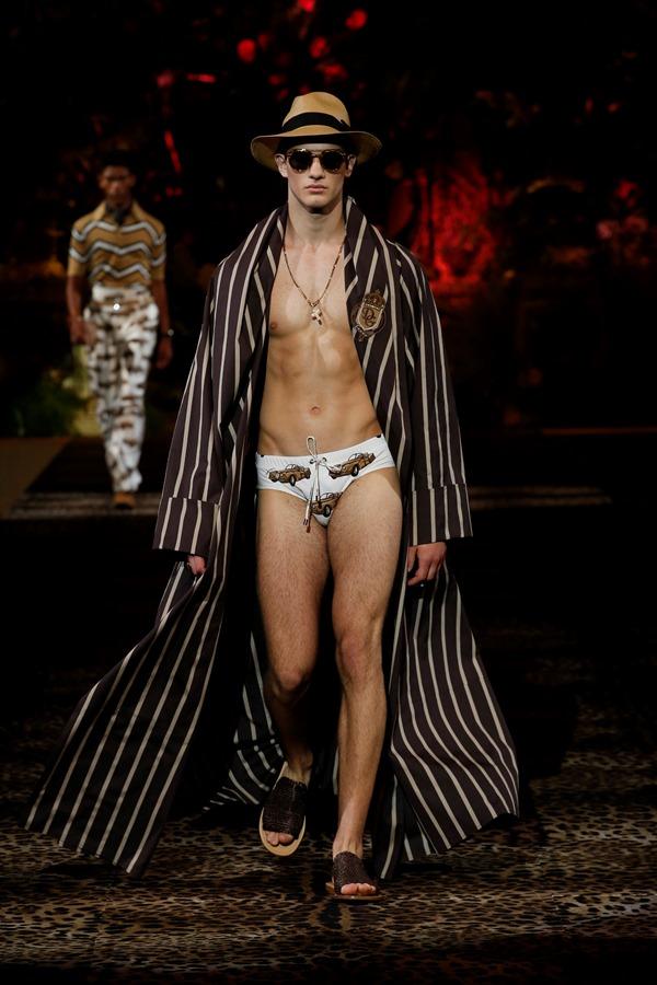 Dolce&Gabbana Men's Fashion Show Spring-Summer 2020 (42)