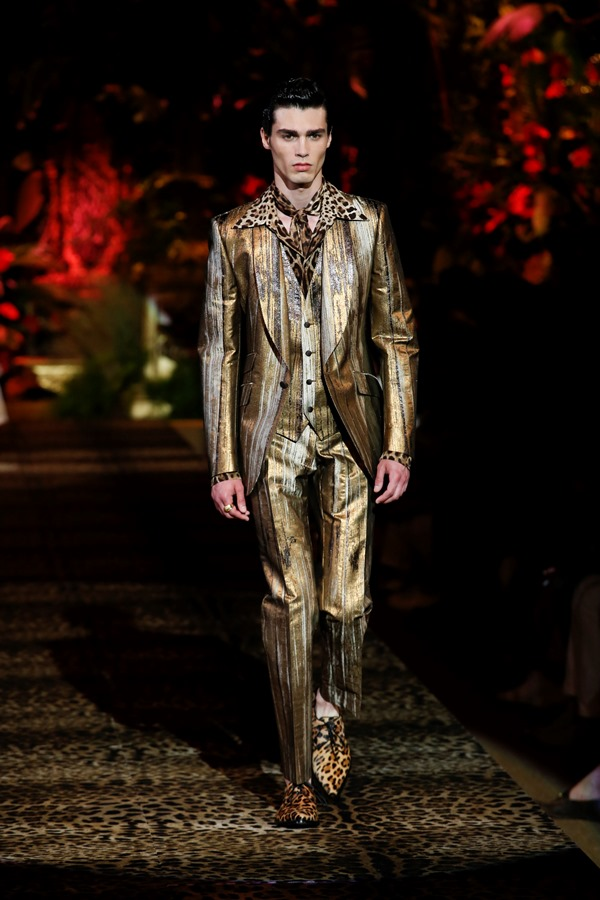 Dolce&Gabbana Men's Fashion Show Spring-Summer 2020 (50)
