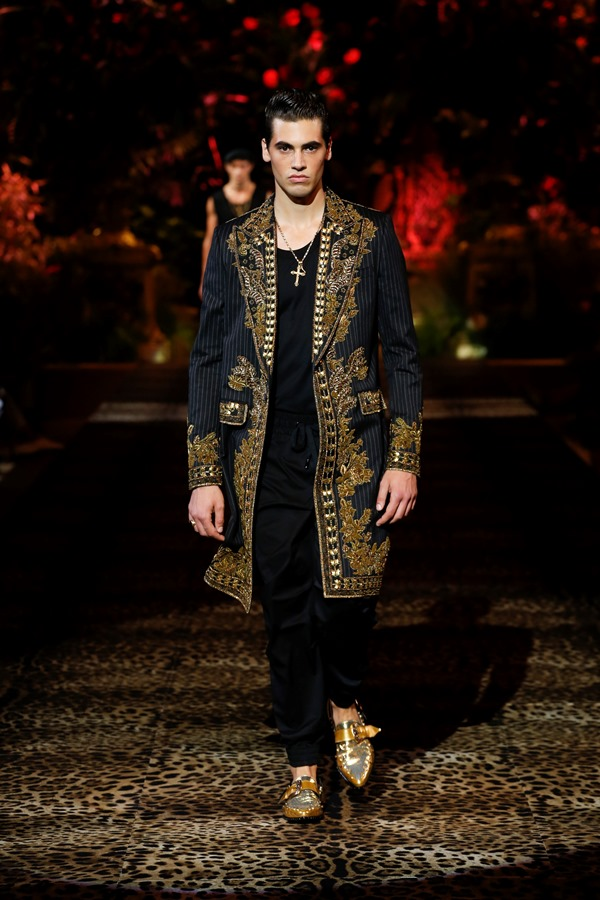 Dolce&Gabbana Men's Fashion Show Spring-Summer 2020 (54)