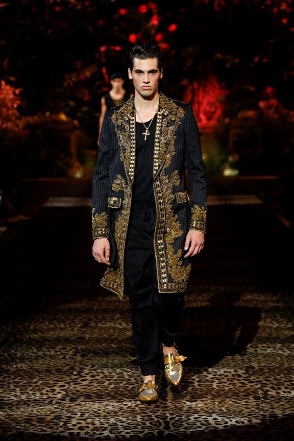 Dolce&Gabbana Men's Fashion Show Spring-Summer 2020 (54)