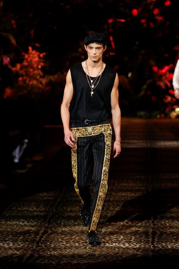 Dolce&Gabbana Men's Fashion Show Spring-Summer 2020 (55)