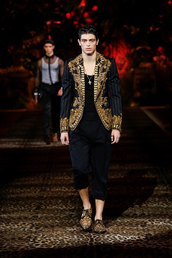 Dolce&Gabbana Men's Fashion Show Spring-Summer 2020 (57)
