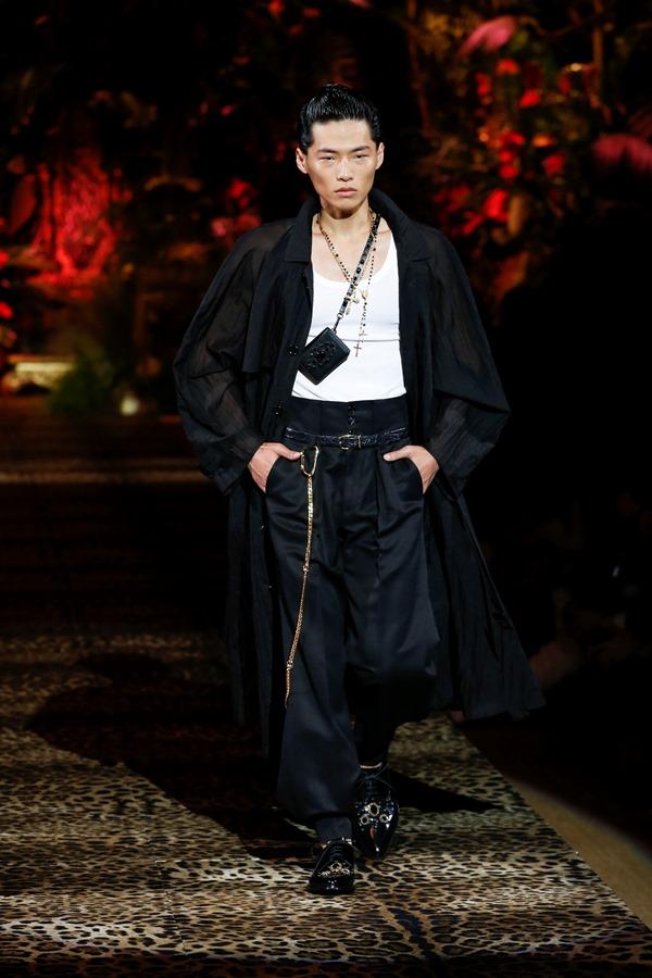 Dolce&Gabbana Men's Fashion Show Spring-Summer 2020 (71)