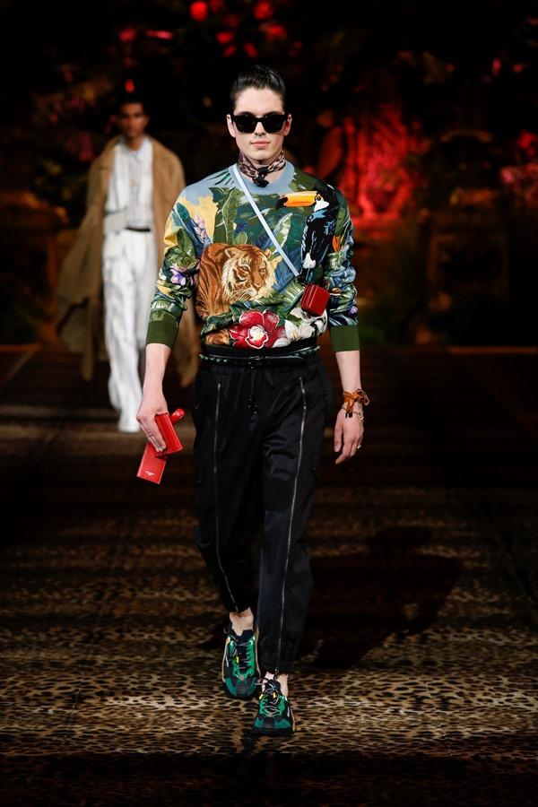 Dolce&Gabbana Men's Fashion Show Spring-Summer 2020 (72)