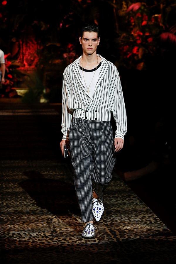 Dolce&Gabbana Men's Fashion Show Spring-Summer 2020 (74)